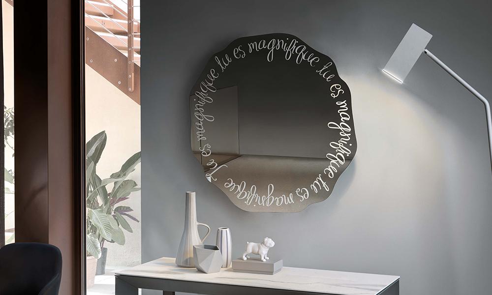 specchi molto particolari per rendere unico ogni spazio ...